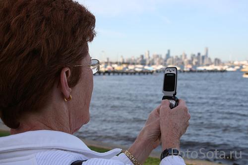 Наш человек с мобилой